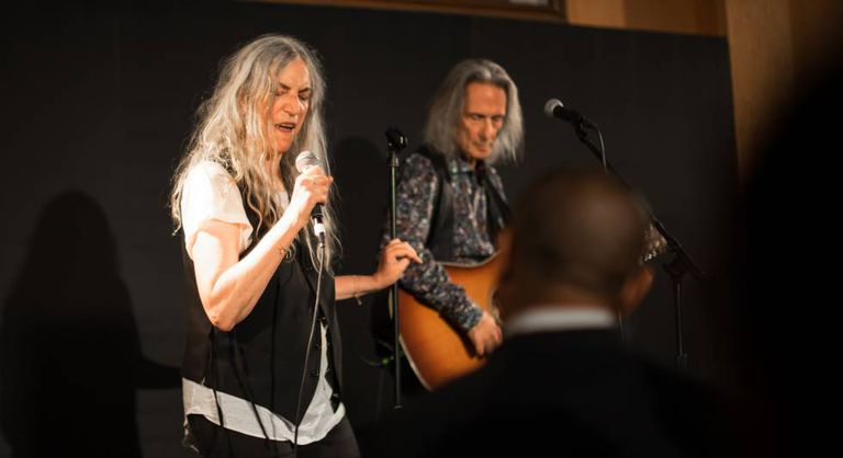 Patti Smith e Lenny Kaye, no Café de Havana.