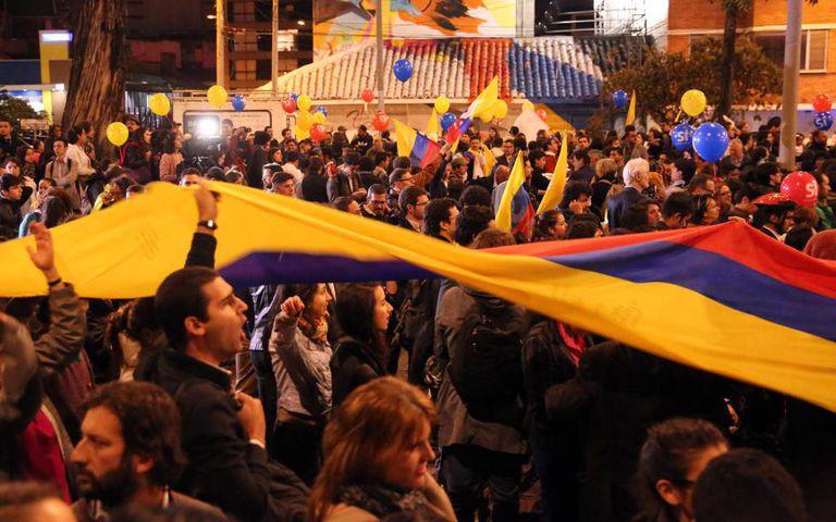 Partidários das negociações de paz, em Bogotá.