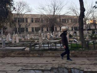 Um cemitério de um dos bairros da cidade de Aleppo.