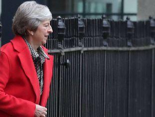 May sai de Downing Street nesta sexta-feira.