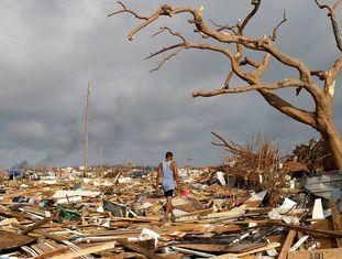Danos causados pelo furacão Dorian na cidade de Marsh Harbour, na ilha de Grande Ábaco.