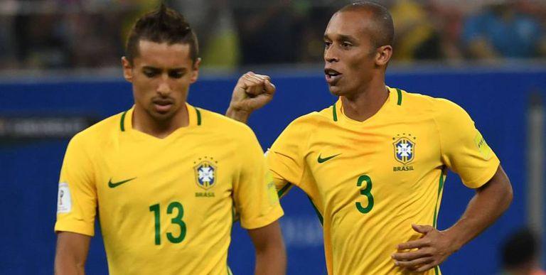 Miranda comemora o primeiro do Brasil.