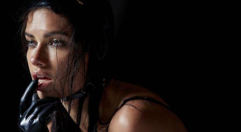 A modelo Adriana Lima.