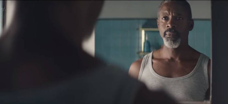 Fotograma do comercial da Gillette que motivou um debate sobre masculinidade tóxica.