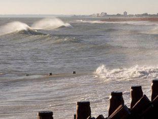 Imagem da costa britânica.