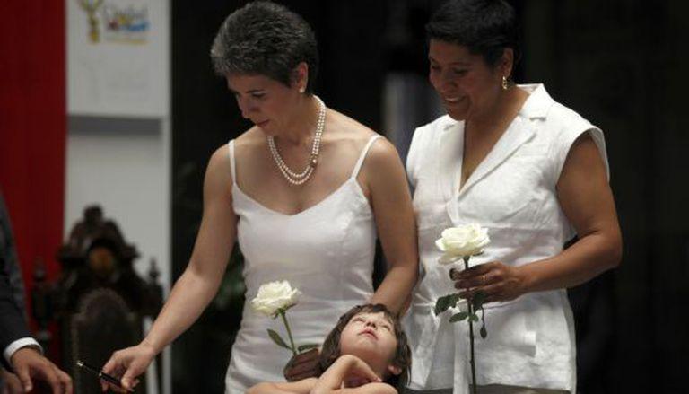 Um dos primeiros casamentos gays no Distrito Federal, no México, em 2010.
