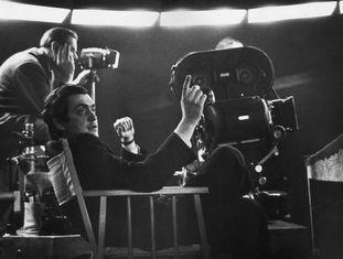 Kubrick, durante a filmagem de 'Dr. Fantástico', em 1964.