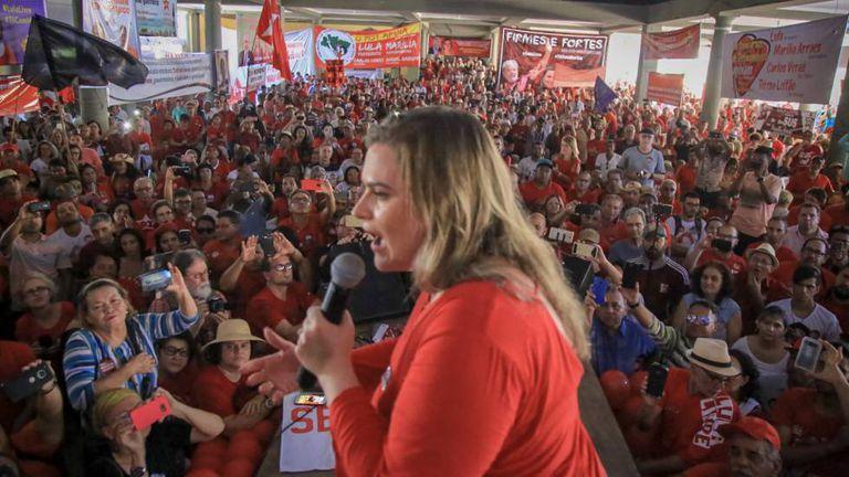Marília Arraes, em ato neste domingo em Recife.