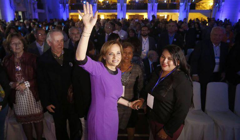 A senadora Carolina Goic após ser escolhida candidata pela DC.