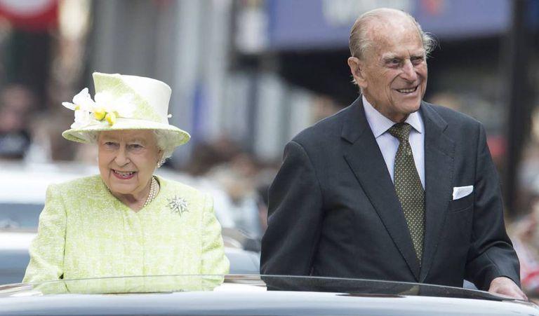 A rainha Elizabeth II e o príncipe Philip durante o penúltimo no aniversário da monarca, em 21 de abril de 2016.