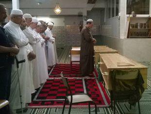 Cerimônia pelas vítimas na mesquita Ar-Rahma, em Nice