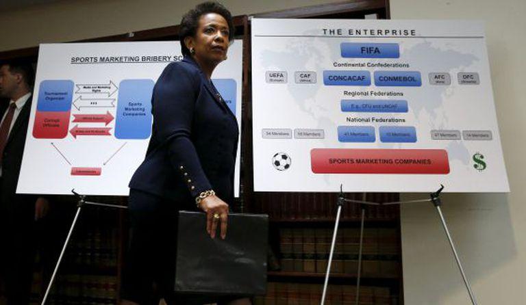 Loretta Lynch, promotora de Nova York encarregada do caso.