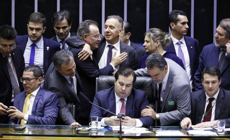 Deputados durante discussão da reforma da Previdência.