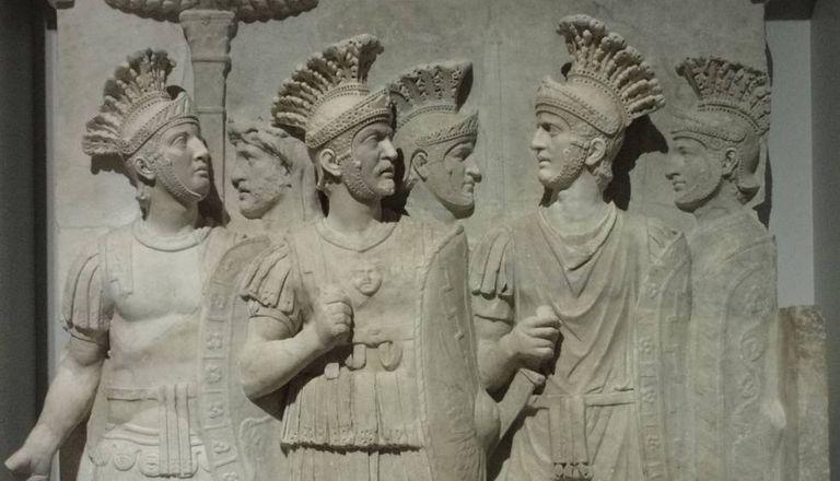 Os pretorianos do Louvre.