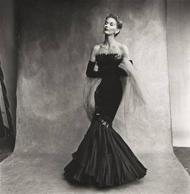 Rochas Mermaid Dress (Lisa Fonssagrives-Penn), Paris, 1950