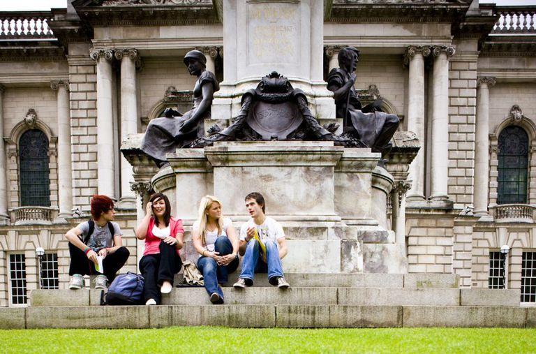 Não se sabe exatamente quantos brasileiros estudam em 'colleges' britânicos.