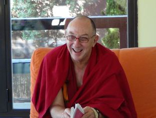 Lobsang Namgyel, antigo homem de negócios australiano, é hoje monge.