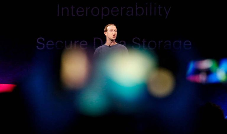 Mark Zuckerberg, presidente executivo do Facebook, na Conferência F8, em abril.