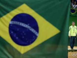 Rafaela Silva conquistou a primeira medalha de ouro para o Brasil.