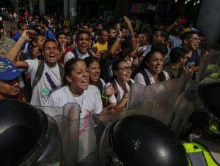 ONU pede ao Supremo, em poder do chavismo, que reconsidere sua decisão de destituir o Parlamento