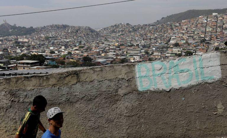 A favela da Chatuba, no Rio de Janeiro.