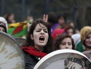 Marcha das Mulheres em Istambul, dia 08.