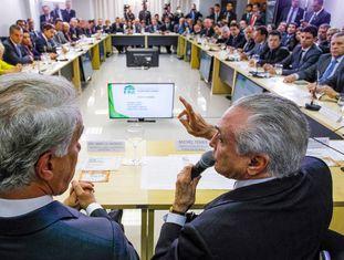 Marcos Montes e Michel Temer no encontro da FPA.