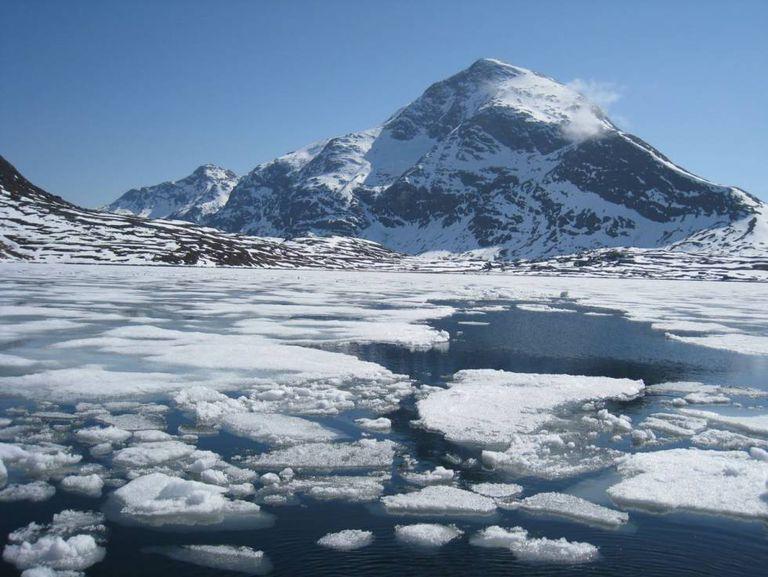 O degelo no Ártico é um dos efeitos visíveis da mudança climática.