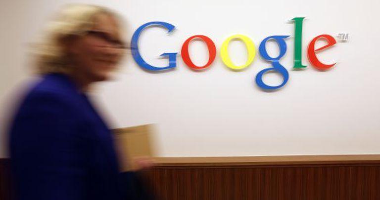 O valor das ações do Google caiu 8% ao longo do ano passado.
