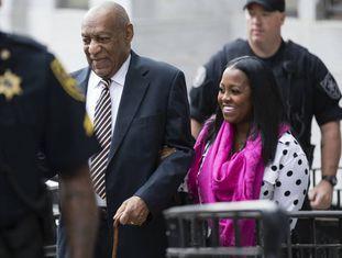 Bill Cosby, acompanhado da atriz Keshia Knight de 'A hora de Bill Cosby'
