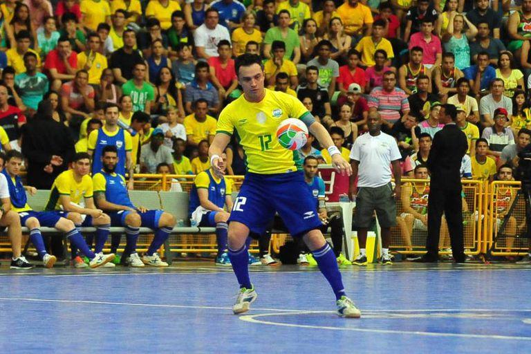 Falcão em atuação pela seleção brasileira.
