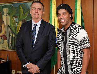 Ronaldinho se encontrou com Bolsonaro em junho deste ano.