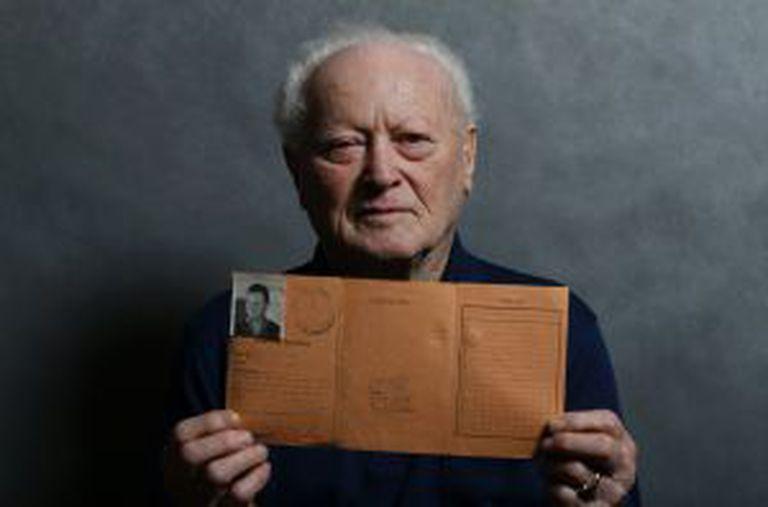 Janos Forgacs, de 87 anos, sobrevivente do campo nazista, em 12 de janeiro.