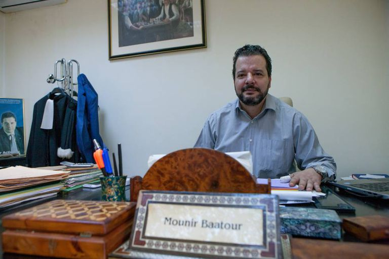 Mounir Baator, presidente do Shams, a associação de homossexuais mais numerosa da Tunísia.