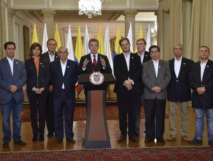 O presidente Juan Manuel Santos garante que o cessar-fogo se manterá e que escutará quem disse  não  aos acordos