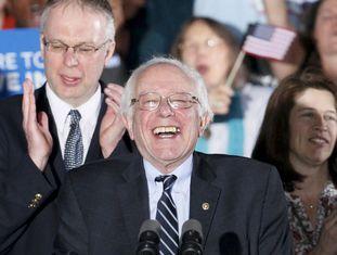 Bernie Sanders comemora vitória em New Hampshire.
