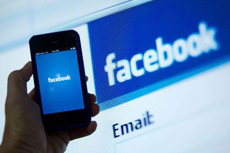 Aplicativo para celular do Facebook, que eliminará a caixa de mensagens 'Outros' para substituí-la por 'Solicitação de mensagem'.