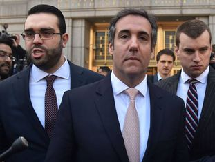Michael Cohen na porta do Tribunal Federal de Nova York.