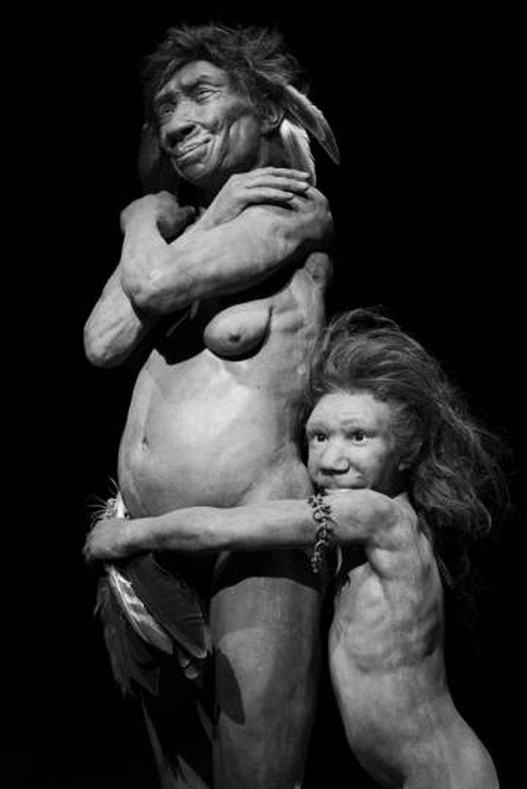 Reconstruções forenses a partir de crânios neandertais, no Museu de Gibraltar.