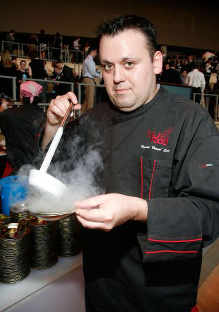 O chef norte-americano Homaro Cantu.