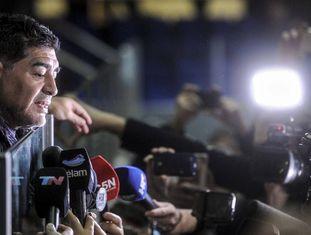 Diego Maradona, durante entrevista coletiva ao final da Copa Davis, em Zagreb.