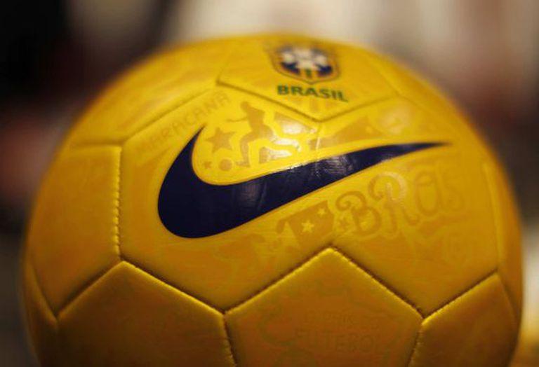 Bola do Brasil fabricada pela Nike.