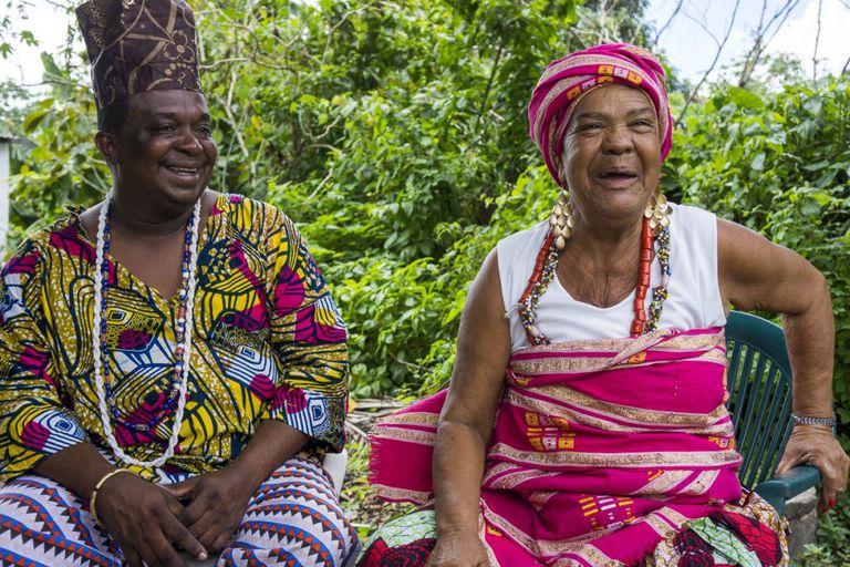 Baba Pote e dona Nicinha: candomblé e samba em Santo Amaro.