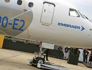 Um jato E190-E2 em São José dos Campos em fevereiro de 2016.