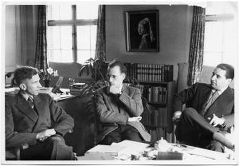 Da esquerda para a direita, Ronald Kuhn, Michel Foucault e Georges Verdeaux.