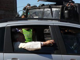Francisco sai da prisão de Palmasola (Santa Cruz, Bolívia).