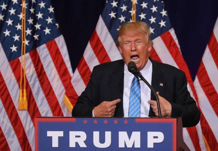Donald Trump fala sobre imigração em Phoenix, na quarta-feira.