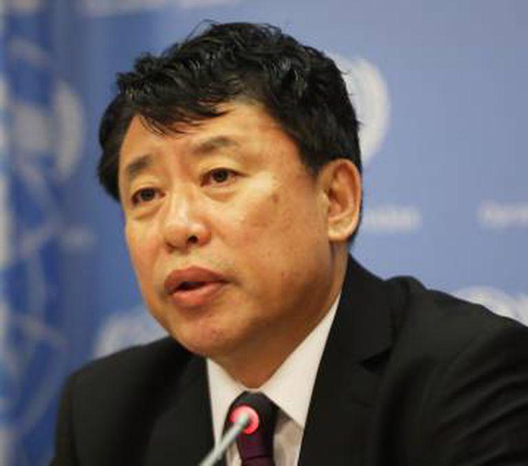 O embajador norte-coreano na ONU, Kim In Ryong.