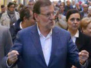 """Agressor foi detido após agredir Mariano Rajoy. O rapaz, de 17 anos, afirmou  """"Estou muito contente por ter feito isso"""""""