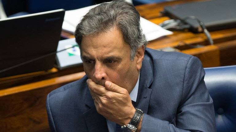 O senador Aécio Neves, no dia 26.